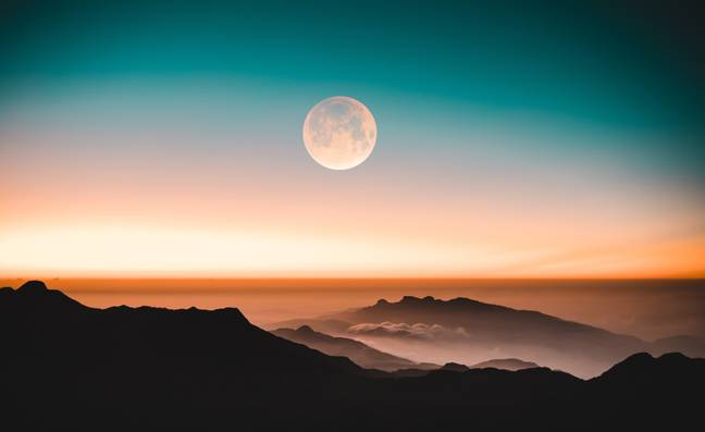 Keep an eye out for the full moon this weekend (Credit: Unsplash)