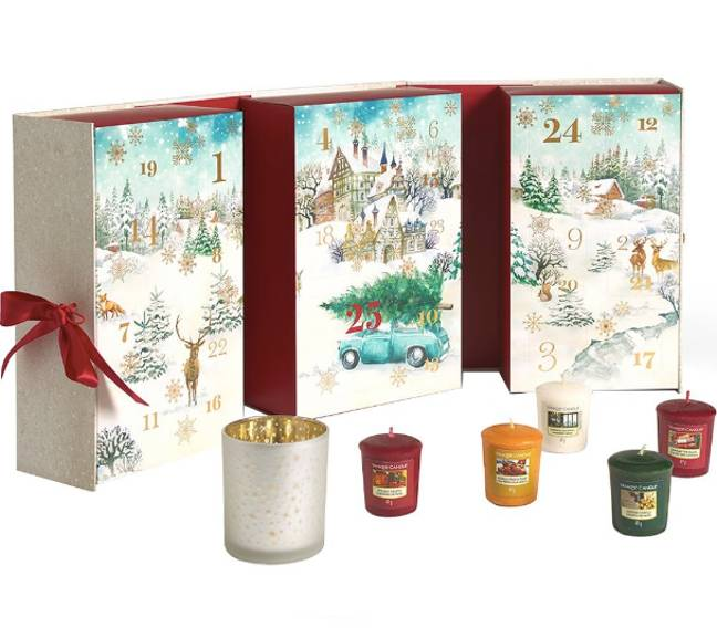 This Yankee Candle advent calendar book is a must this Christmas (Credit: Justmylook.com/ Yankee Candle)
