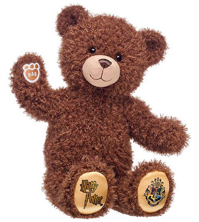 Each bear comes with the Harry Potter logo and crest on each golden paw (Credit: Build-A-Bear)