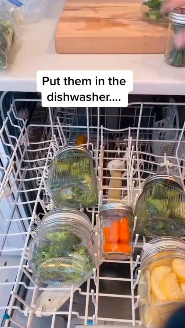 Shannon recommends putting your veggies in mason jars with water (Credit: TikTok)