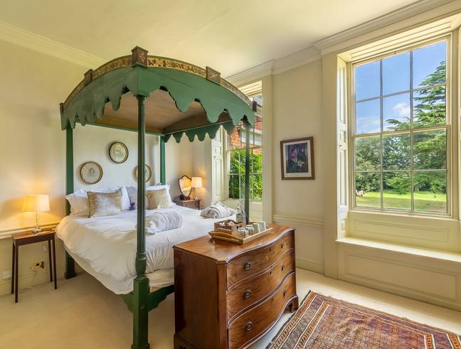 Not only will you be staying at the breathtaking Inglethorpe Hall, but you'll also be living like a Bridgerton too (Credit: Oliver's Travels)