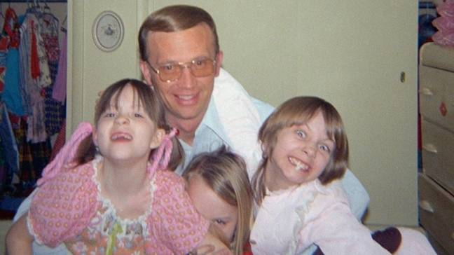 Robert 'B' Berchtold with the Broberg daughters (Credit: Netflix)