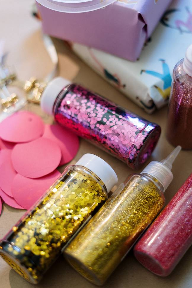Many supermarkets are pledging to cut out plastics and glitter (Credit: Pexels)