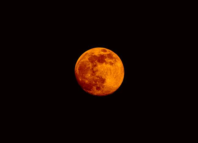 There's a super flower blood moon taking place today (Credit: Pexels)
