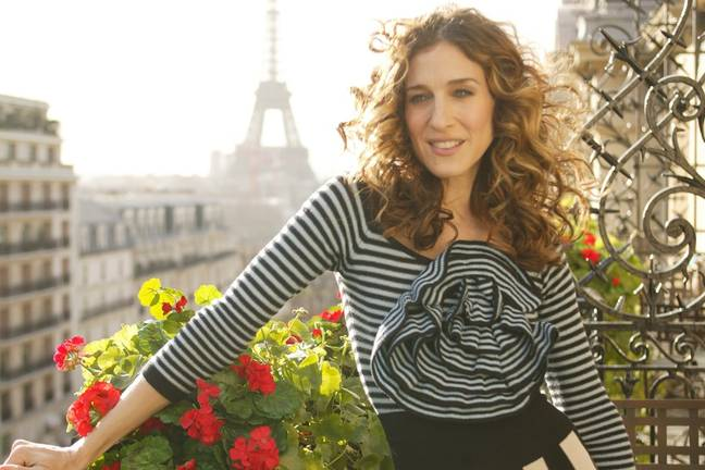 The series has echoes of SATC and Carrie Bradshaw's move to Paris (Credit: HBO)