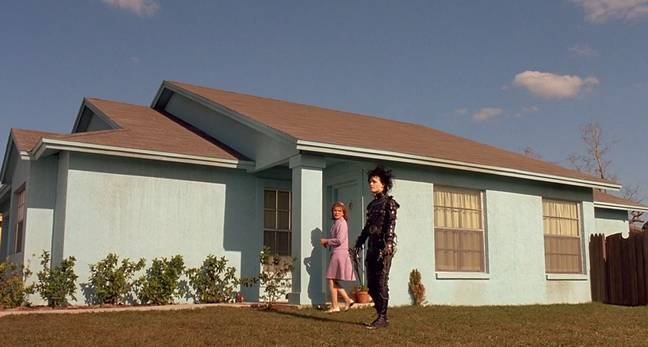In the 1990 movie, the house was painted a pale turquoise (Credit: 20th Century Fox)