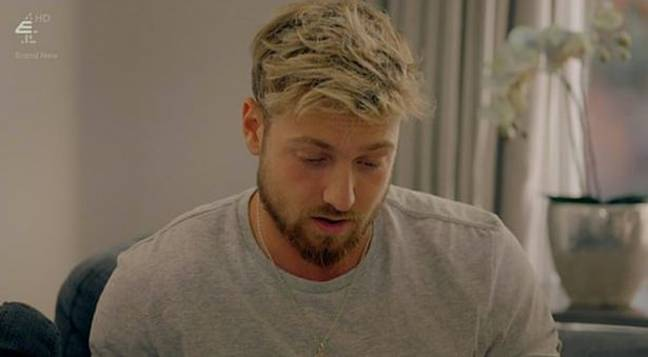 Sam can be seen reading the letter (Credit: Made In Chelsea/E4)