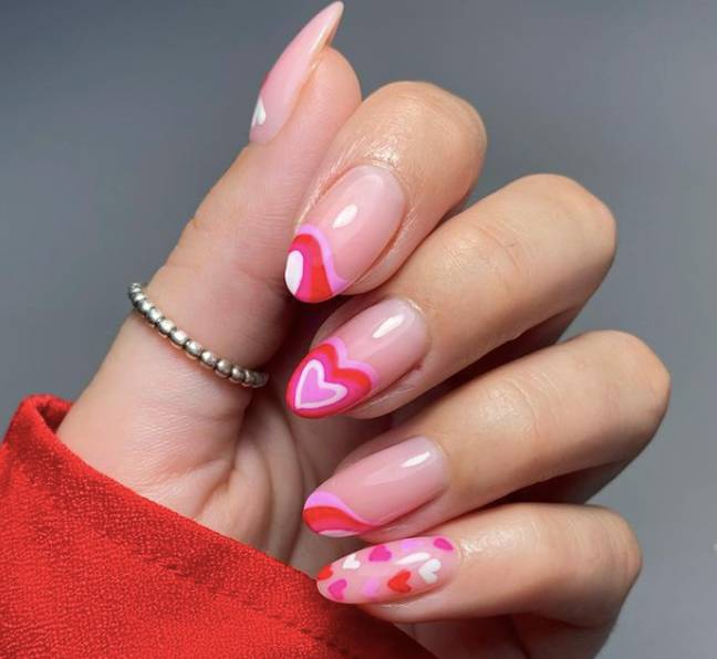 The Raspberry Ripple pattern doesn't need to be on the full nail (Credit: aimeekylebeauty)
