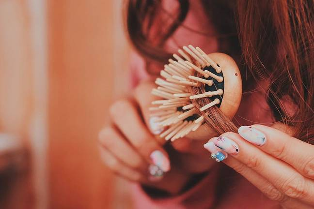 Hair, grime and dead skin cells can easily build up on our hair brushes (Credit: Wallpaper Flare)