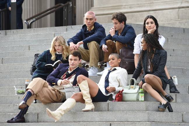 The cast of the Gossip Girl reboot filming (Credit: Shutterstock)