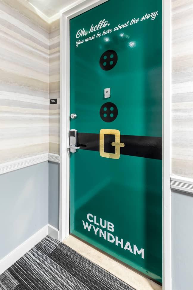 Club Wyndham have transformed one of their properties into an immersive 'Elf' stay. (Credit: Club Wyndham)