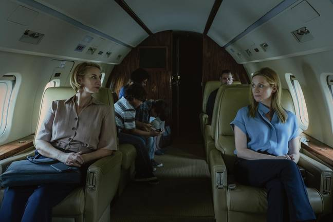 Set photos show Wendy on a flight with lawyer Helen (Credit: Netflix)