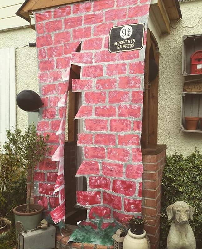 Hannah even created a Platform 9 and 3/4 for Poppy's birthday (Credit: Caters)