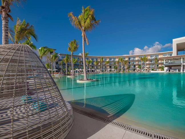 The weekend retreat will takes place in the stunning palm-shaded crowds of the Haven Riviera Cancun (Credit: Haven Riviera Cancun)