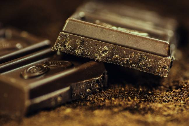 Dark chocolate is among the top three foods that make us happy (Credit: Pixabay)