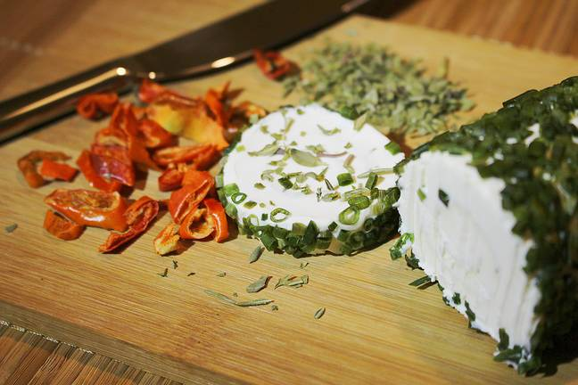 Make your own goat's cheese with another of The Big Cheese Making Kits (Credit: Pixabay)