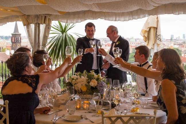 Wedding receptions in the form of a sit-down meal for up to 30 guests will now be permitted (Credit: Pxhere: Roman Boed)
