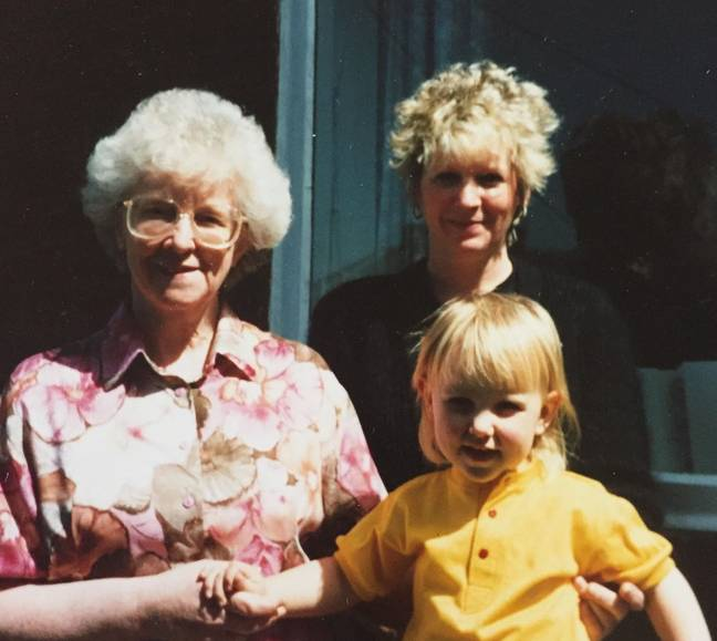 Erin as a little girl with her late mother and grandma (Credit: Erin Rudkin)