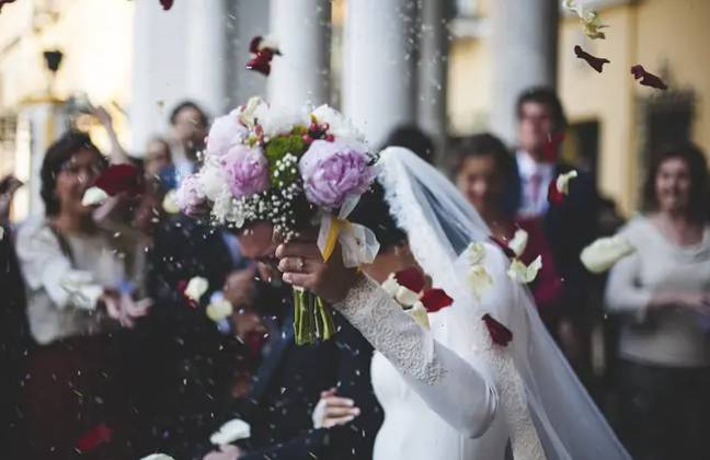 The report found that weddings were 'happening every day' (Credit: Pixabay)