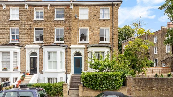 Family Are Selling Their £750k London Home For £2 A Ticket