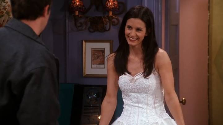 Friends Fans Are Only Just Noticing This Huge Blunder Over Monica Geller's Wedding Dress