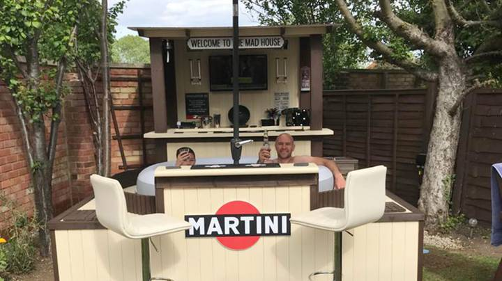 Family Build Their Own Swim-Up Bar In Their Garden And It's Amazing