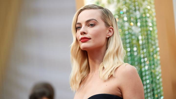 Margot Robbie To Star In Female Led 'Pirates Of The Caribbean' Reboot