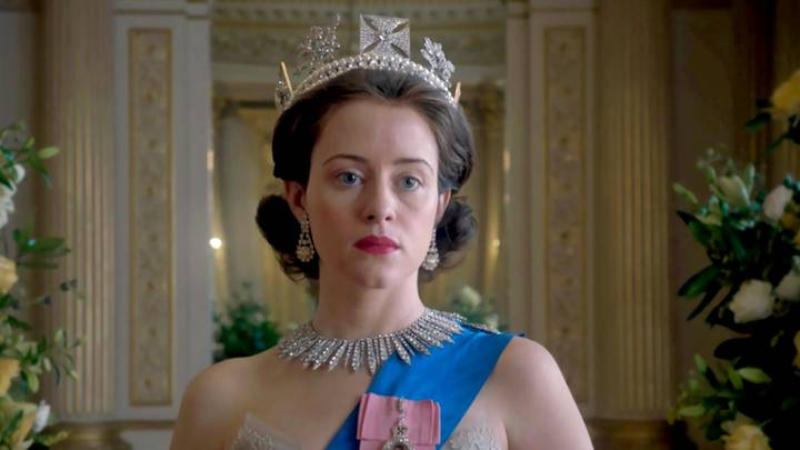 Claire Foy Is Returning To 'The Crown' Season 4 And She's Been Spotted On Set
