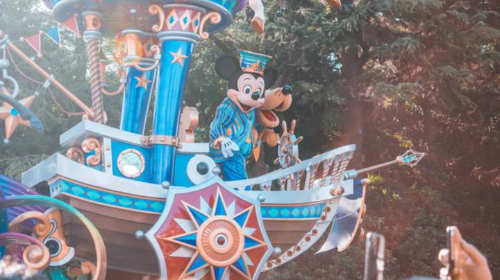 You Can Now Go On Virtual Disney Rides From The Comfort Of Your Sofa