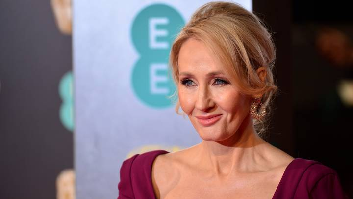 J.K. Rowling Just Clapped Back At Twitter User Criticising The Quidditch Scoring System