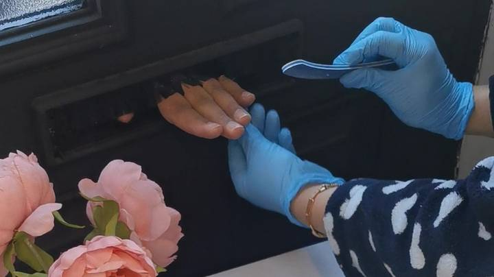 A Woman Has Been Inundated With Requests For 'Letterbox Manicures'