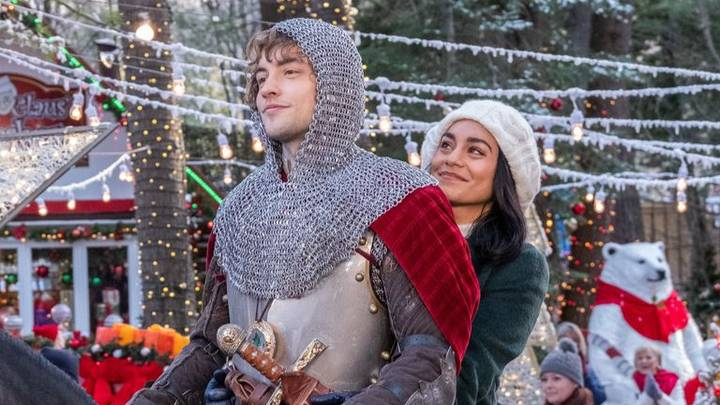 There Are Six New Christmas Films Coming To Netflix And They All Sound Like Masterpieces