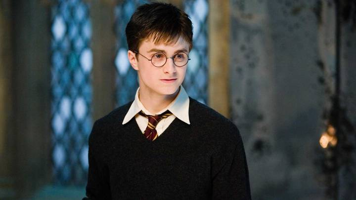 Mum Creates Incredible Harry Potter Furniture Using £1 Book
