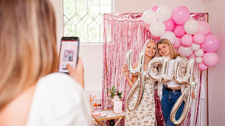 You Can Now Hire A 'Birthday Booth' To Make The Most Of Your Big Day During Lockdown