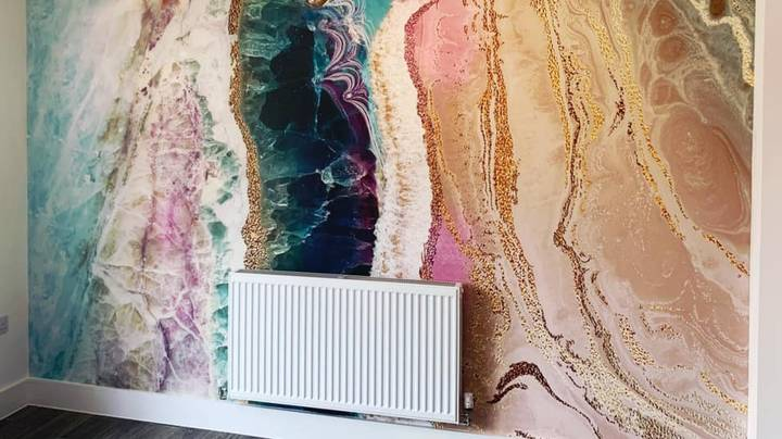 People Are Going Wild For These Marble Mural Wallpapers