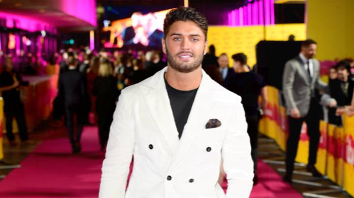 'Love Island' Fans Are Urging Viewers To 'Be Kind' After Deaths Of Former Contestants