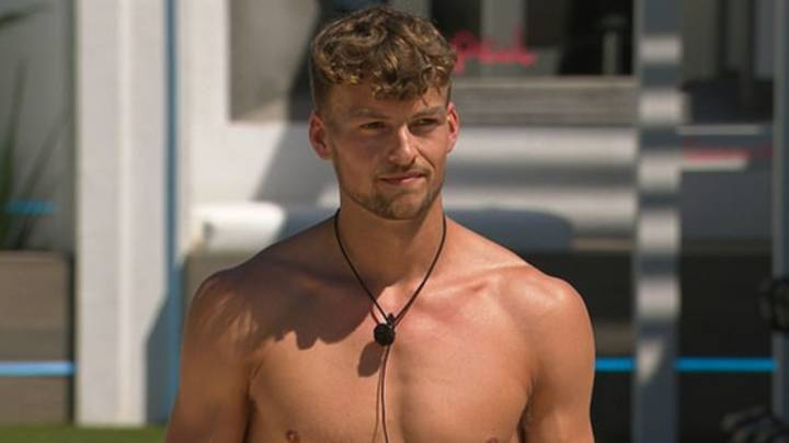 Love Island: Hugo Hammond 'Humiliated' As He's Last To Be Picked In 'Line Of Booty' Task