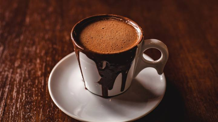Drinking Hot Chocolate May Boost Intelligence, Study Finds