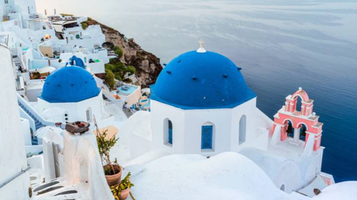 Greece Reveals Plans To Welcome Brits This Summer If They Pass Coronavirus Test