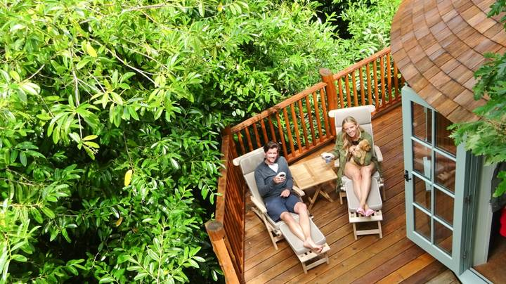 London Couple Escape City To Spend Lockdown In Luxury Treehouse