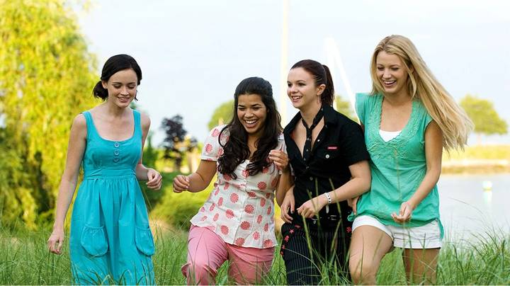 'Sisterhood Of The Traveling Pants' Is Coming To Netflix Next Month