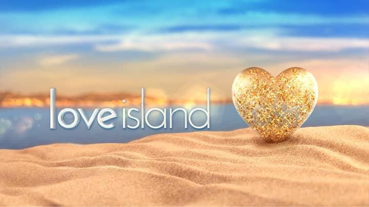 'Love Island' Fans Spot Creepy Man Hiding In Bushes Outside The Villa