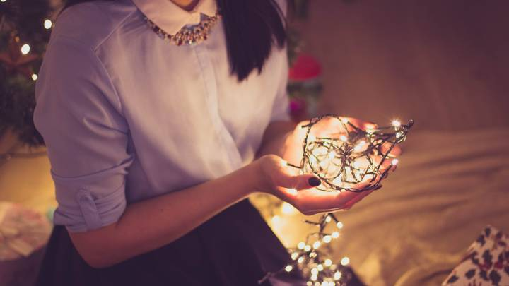 ​Keeping Your Christmas Lights Up 'Is Good For Your Mental Health'