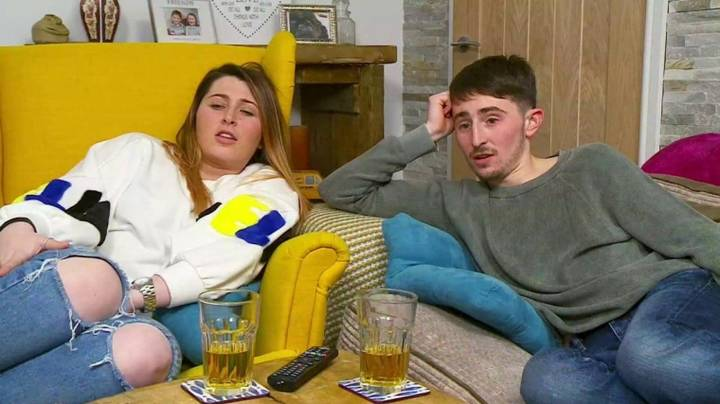 'Gogglebox' Fans Shook After Realising Sophie And Pete Are Related To The Chuckle Brothers