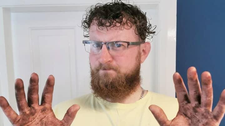 Boyfriend Left In Hysterics After Epic Home Hair Dye Fail
