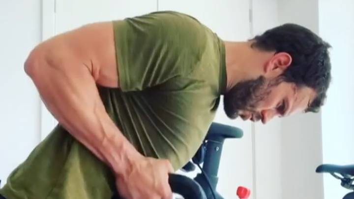 Jamie Dornan Lifting Weights To 'Mamma Mia' Songs Is The Only Thing You Need Today