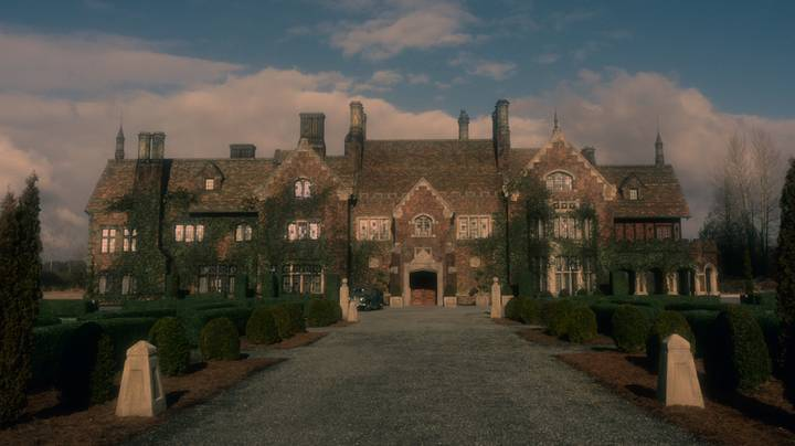 The Haunting Of Bly Manor Fans Will Love Netflix's New Horror Series Midnight Mass