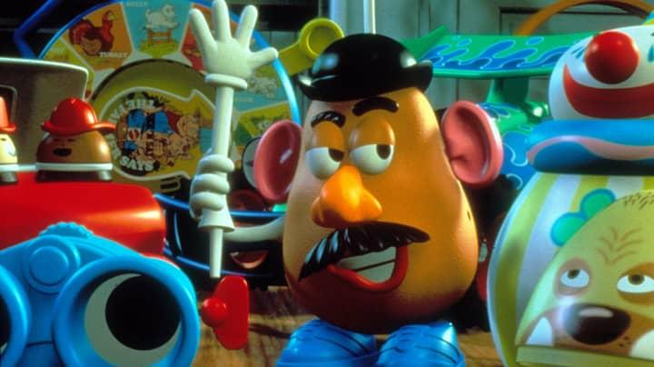"Mr Potato Head Loses ""Mr"" Title In Gender-Neutral Rebrand"