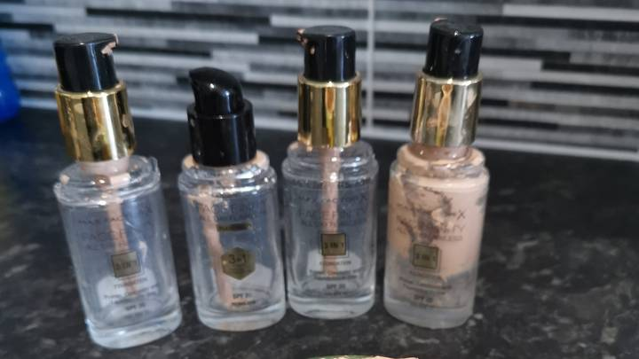 Woman Shares Easy Hot Water Hack To Get Last Bits Of Foundation Out Of Bottles