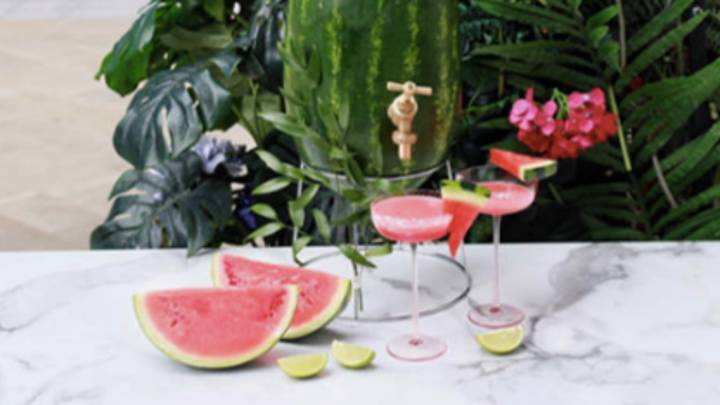 You Can Now Book A Bottomless Dinner With A Cocktail Fountain